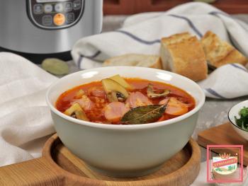 Готовим обед в мультиварке: суп, пельмени, вкусный десерт
