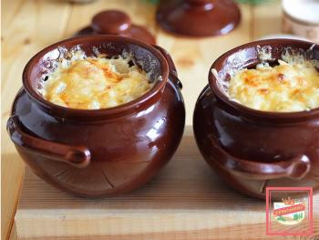 Пельмени и вареники в горшочке — отличные блюда для дачи!
