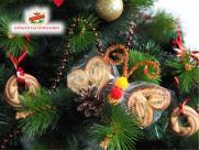 Украшаем новогоднюю ёлку: сладкие бабочки из мармелада и печенья.